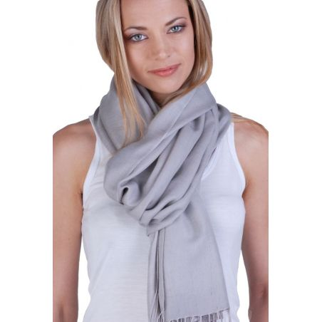 Cashmere and silk scarf Pearl Grey