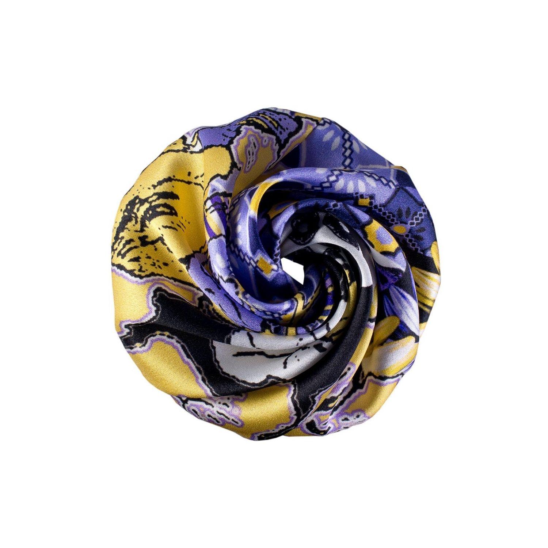 Hair rose floricele pe lavandă