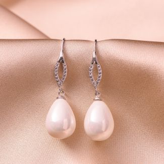 Sterling Silver Earrings Elegant pearl white shell