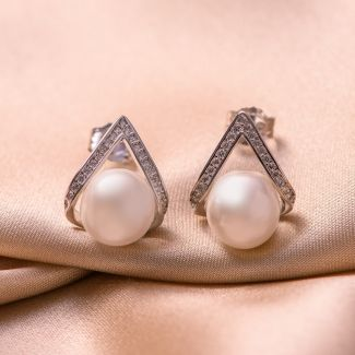 Sterling Silver Earrings Amore pearl white shell