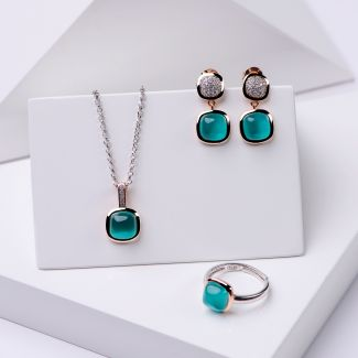Gift Sterling 925 Silver Earrings, Necklace and Ring Iconic Emerald Cat Eye