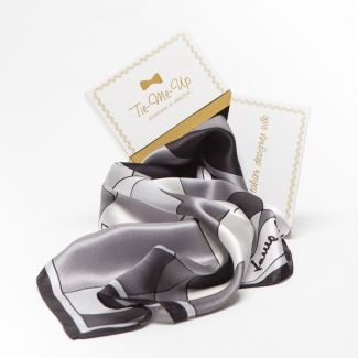 Luxury Gift: Silk Scarf Laura Biagiotti black abstract