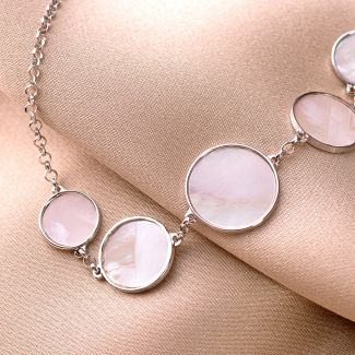 Bratara argint Pretty White Shell