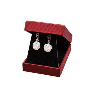 GIFT : Laura Biagiotti scarf ships coral and mother of pearl flower earrings silver