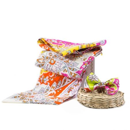 GIFT: Silk Scarf and bow Havana