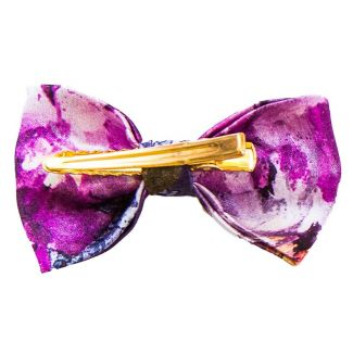 Purple Kiss bow