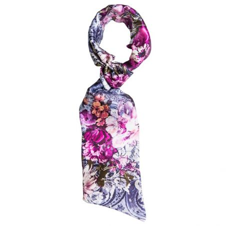 Kiss Purple Scarf drive