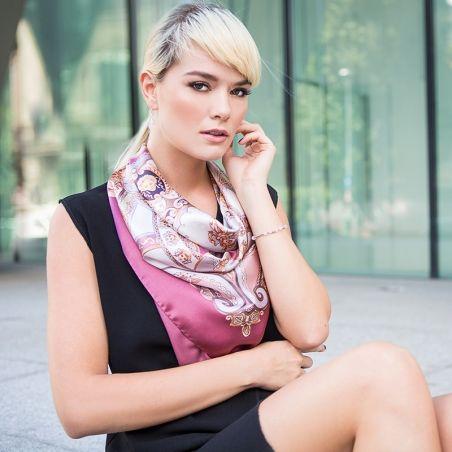 Esarfa matase naturala Marina D'Este When In Rome roz prafuit