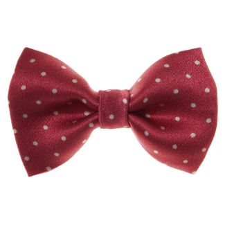 Dotted bow clip on red