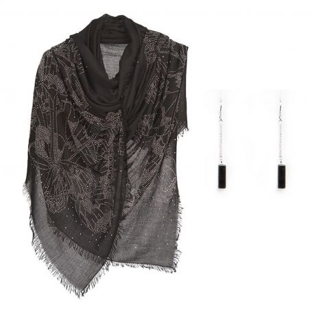 Gift: Black butterfly strass shawl and silver onyx earrings