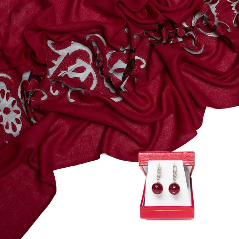 Gift: Wool scarf dark red and agate silver cognac earrings