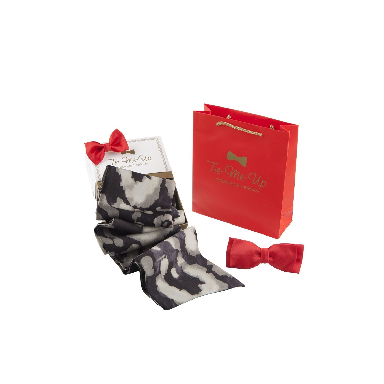 Eşarfă mătase Valentino leopard negru, fundă clamă şi fundiţă păr roşu corai