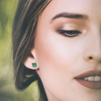Zirconia Emerald silver earrings