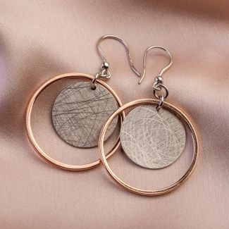 Gift: Silk, cashmere and wool scarf Mila Schon Special nude and Dream Big silver earrings