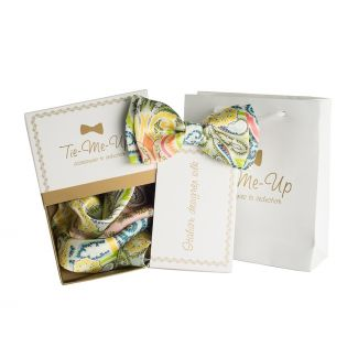 Luxury gifts for men: natural silk bowtie and handkerchief