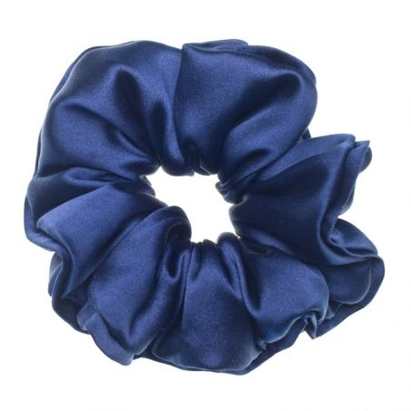 Navy-blue hair twist
