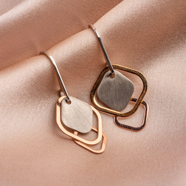 Everyday look silver earrings