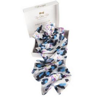 Daisy flounce scarf